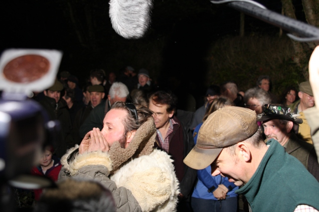 All ears on the bolving with Exmoor ranger Richard Eales (right)2014_10_18_0203